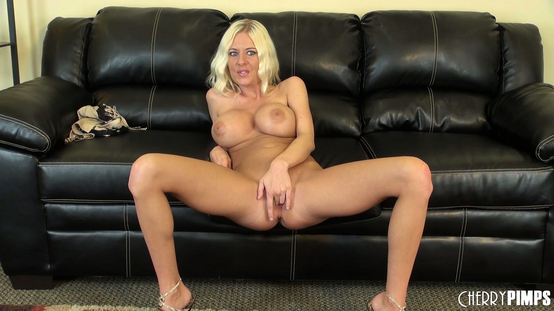 Раздраженный cекс с блондинкой 10 фотография