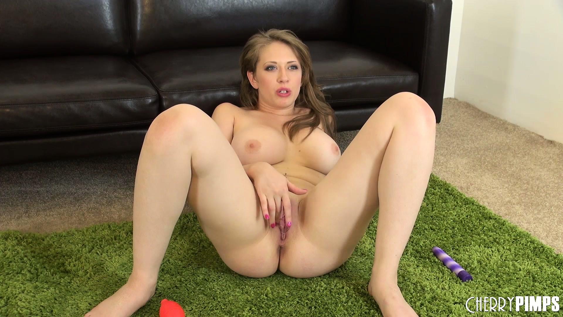 Dildo female huge insertion