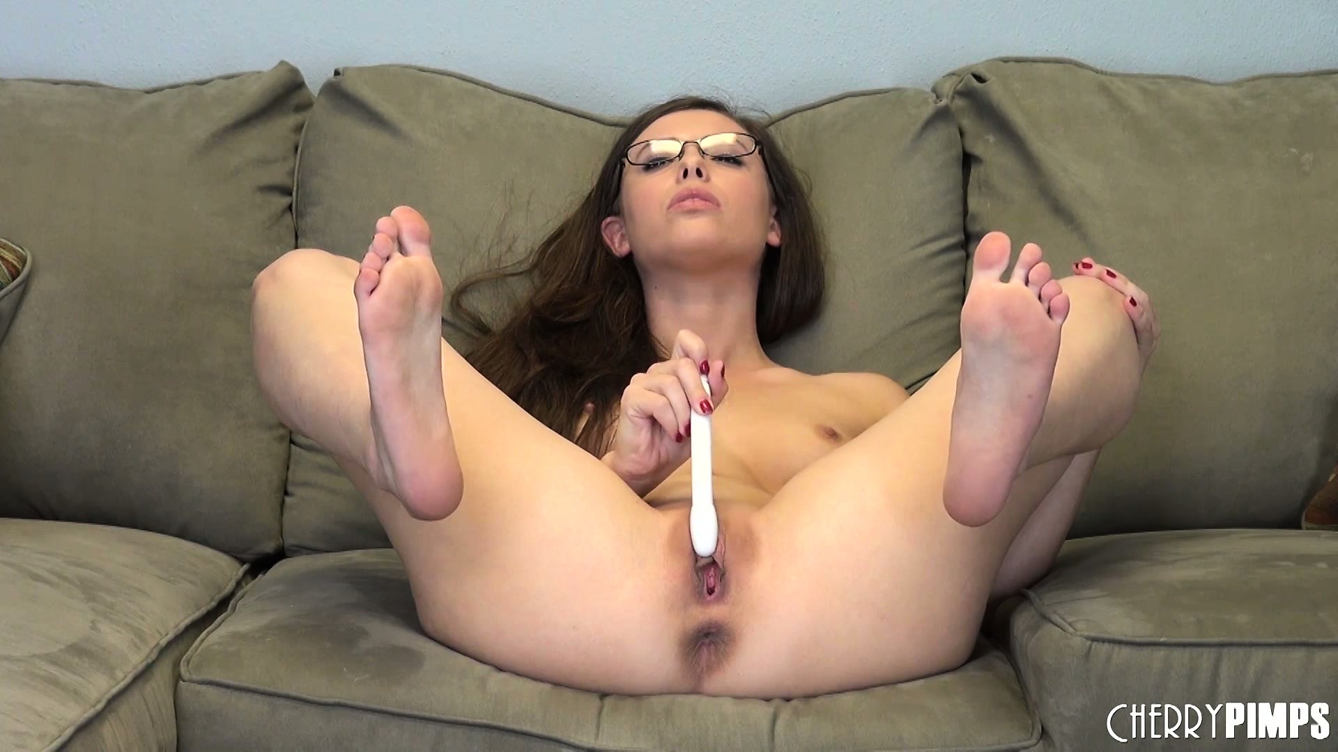 Porno Video of Casey Calvert Should Teach Every Beginner Of Basic Masturbation Technique