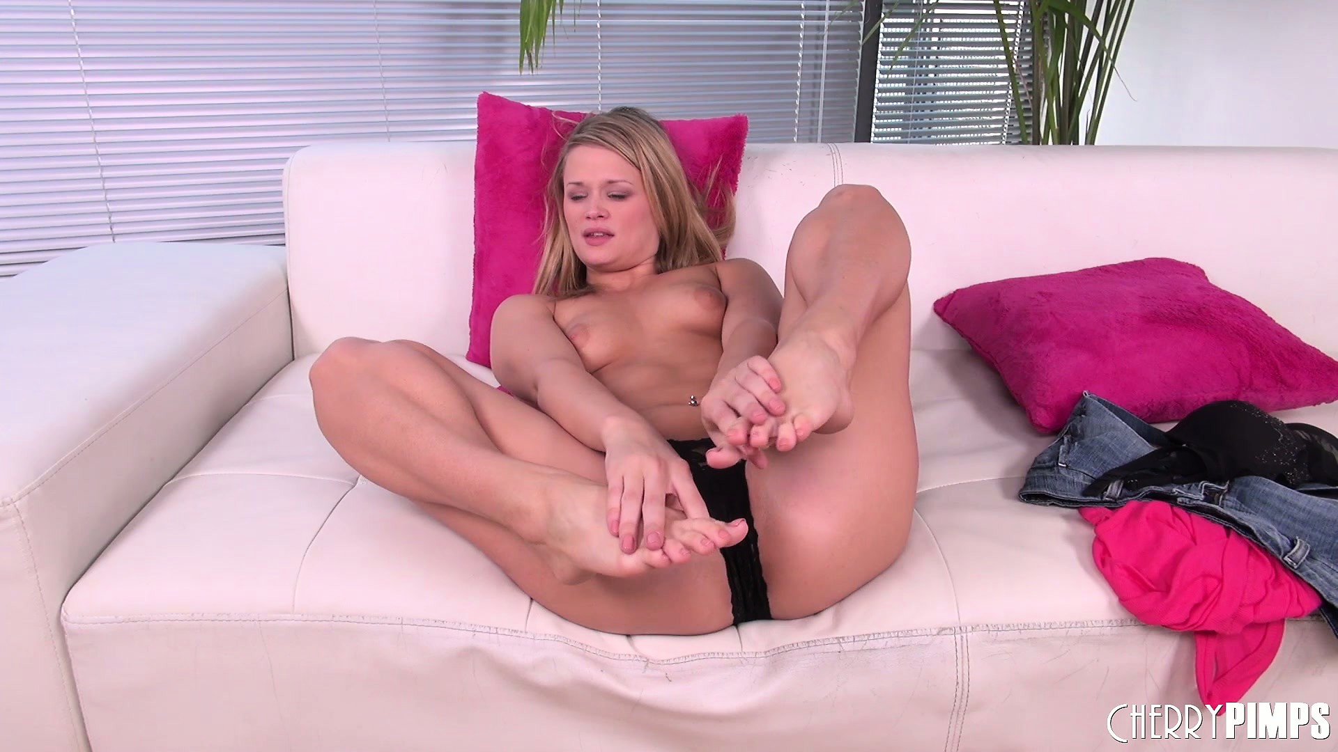 Porno Video of Heather Starlet Goes Topless While Wearing A Sexy Black Thong