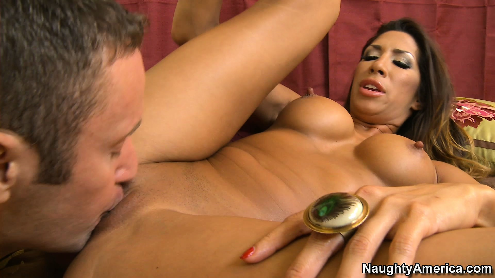 Sex Movie of Exotic Vixen Kayla Carrera Demonstrates Her Stunning Body And Blows Dick