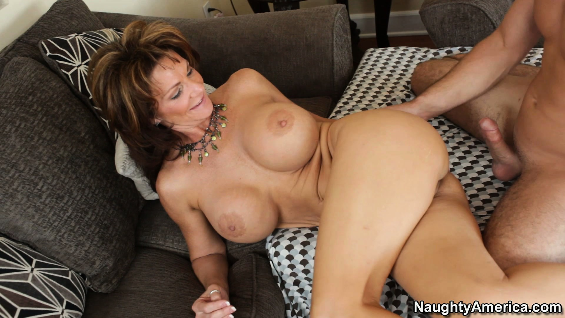 Porno Video of He Fucks Deauxma's Wet Pussy Then Lays Back So She Can Ride Him