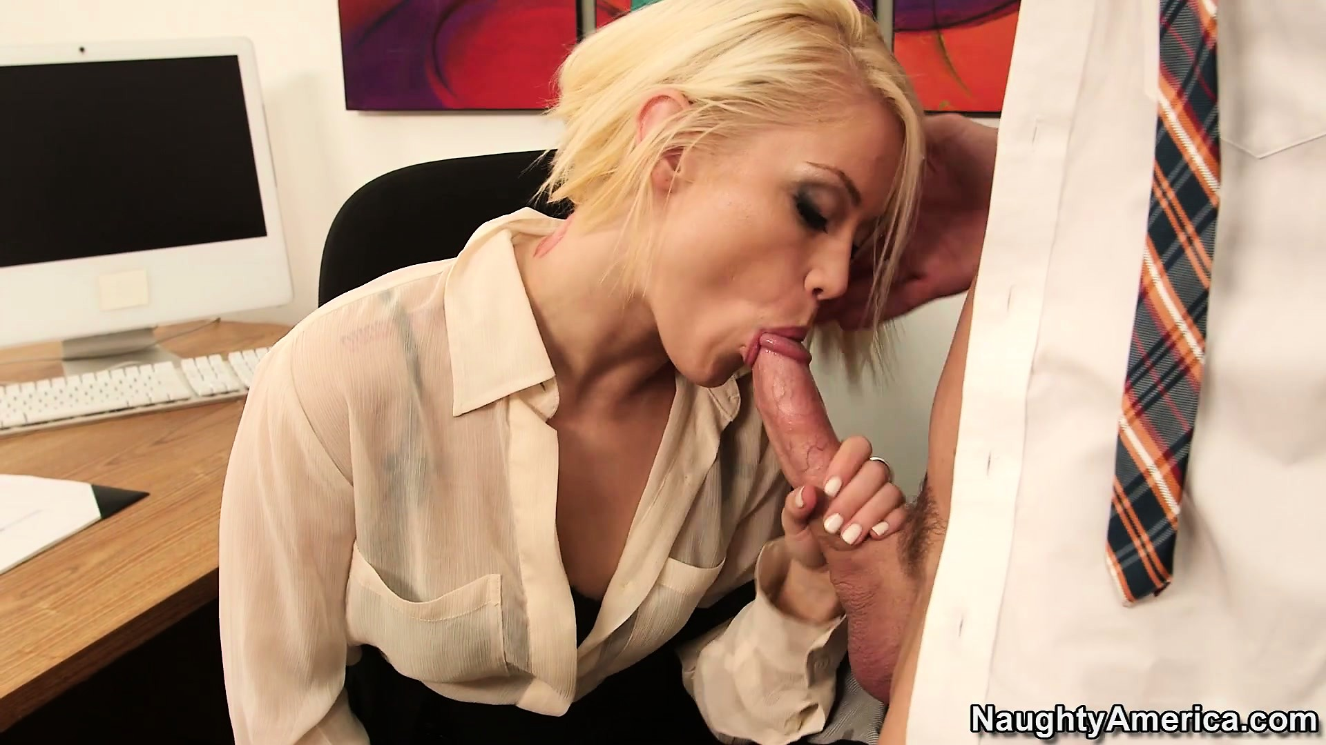 Porno Video of Hot Blonde With Spicy Tits Ash Hollywood Brings Her Office Fantasies To Life
