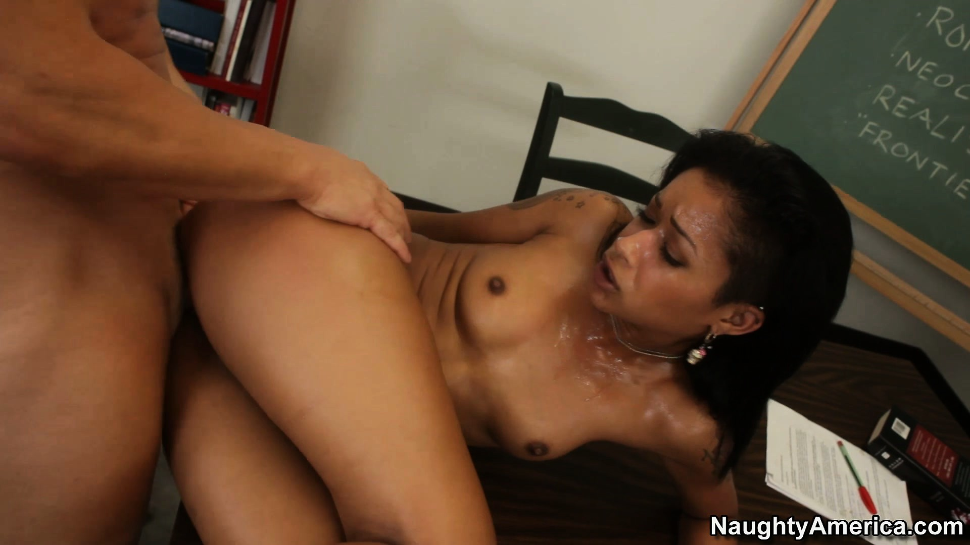 Porn Tube of Skin Diamond Shows Off Her Rib Cage During An Acrobatic Display