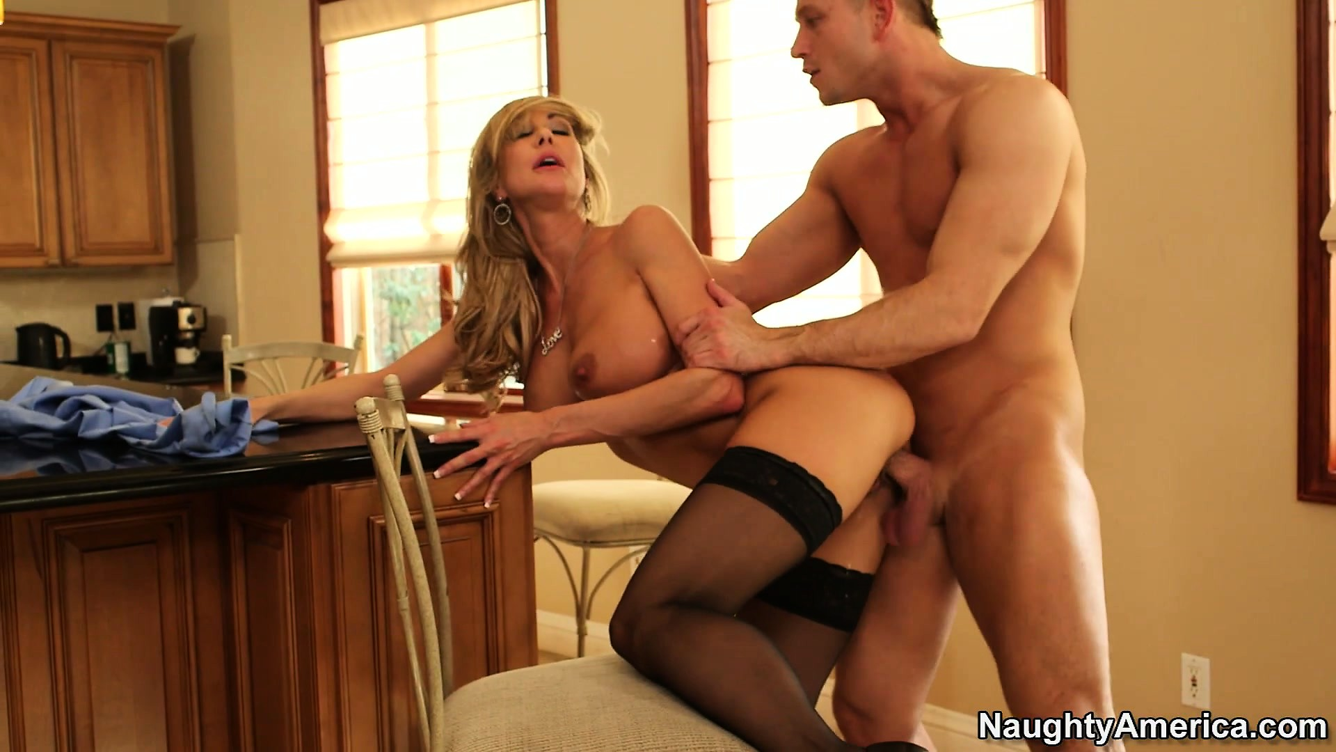 Porn Tube of Busty Blonde Babe Brandi Love Does Sixty-nine And Gets Pumped In The Kitchen