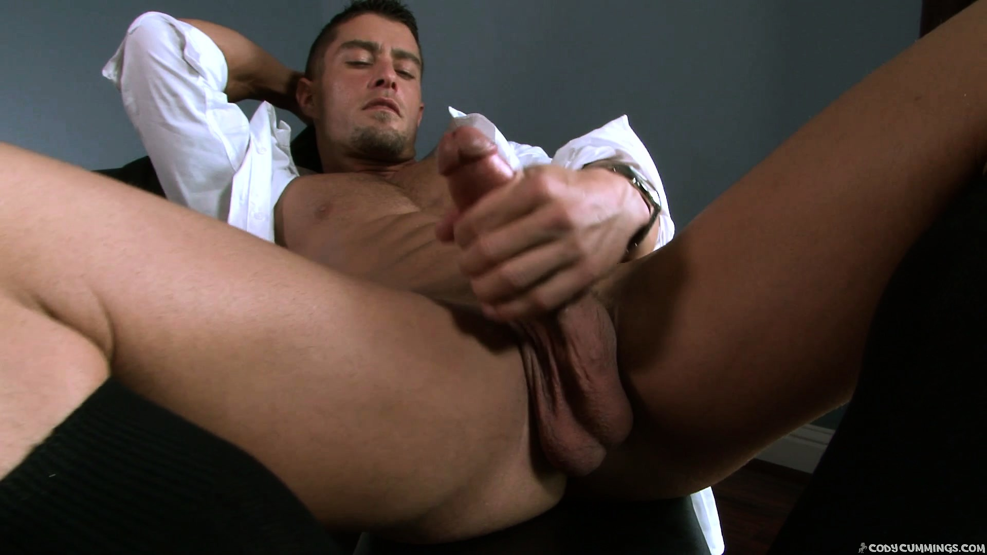 Porno Video of Big And Handsome Sexpert Is Driving Masses Crazy With His Passionate Attitude