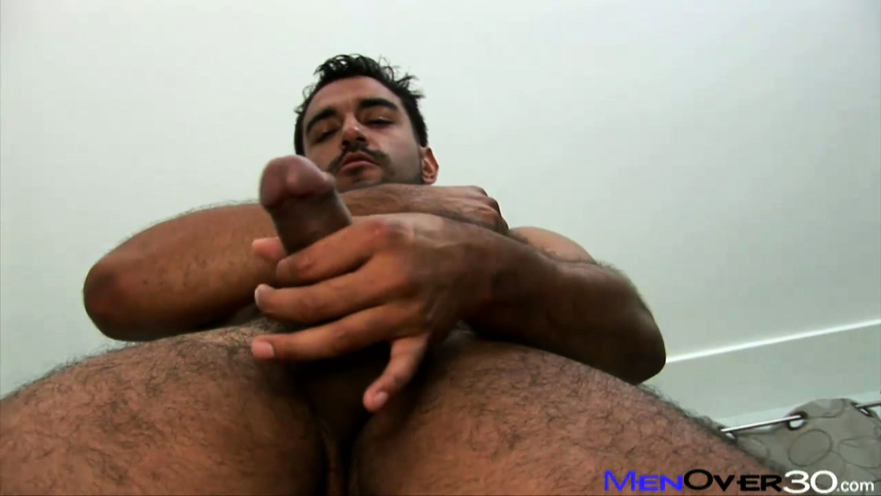 Porno Video of Handsome Amoroso Is Driving Himself Into A State Of Utter Exultation