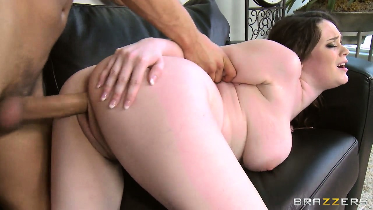 Porno Video of Watch This Plump Brunette Beauty Take A Pounding From Behind
