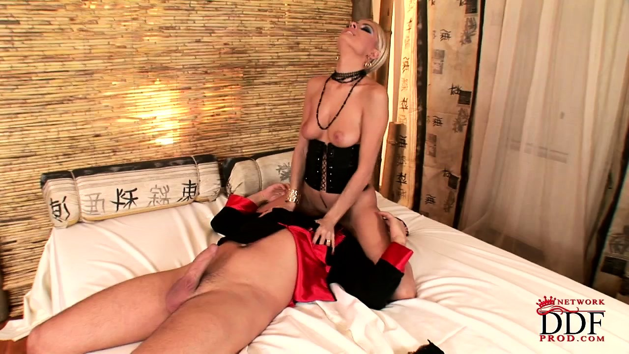 Porno Video of Sexy Blonde Freak Sucks Her Lover's Fat Cock While They Bang