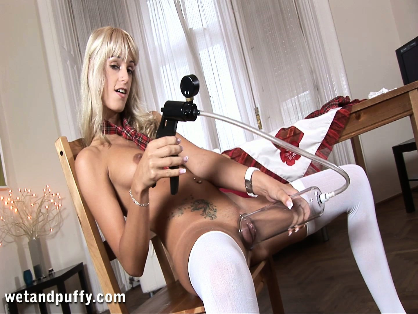 Porno Video of Sexy Blonde Erica Puts On Display Her Wonderful Tits And Her Passion For Masturbation