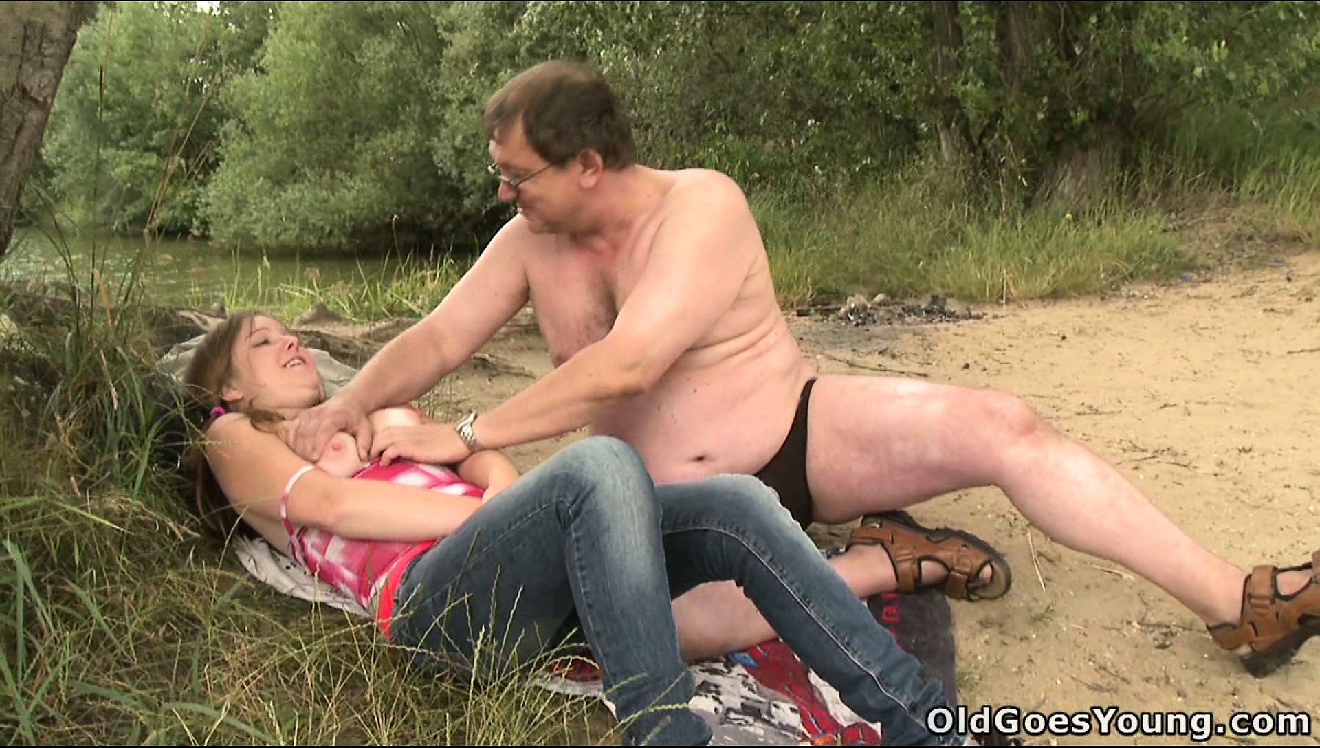 Sex Movie of Cute Teen Gets Groped And Teased By A Perverted Old Man Outdoors
