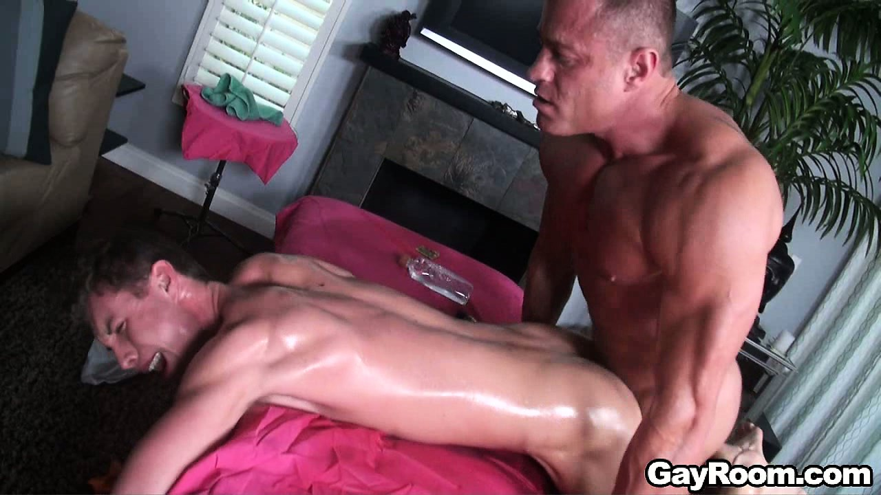 Porn Tube of Trace Kendall's Ass Is Pounded By His Masseuse, They Both Cum On His Belly