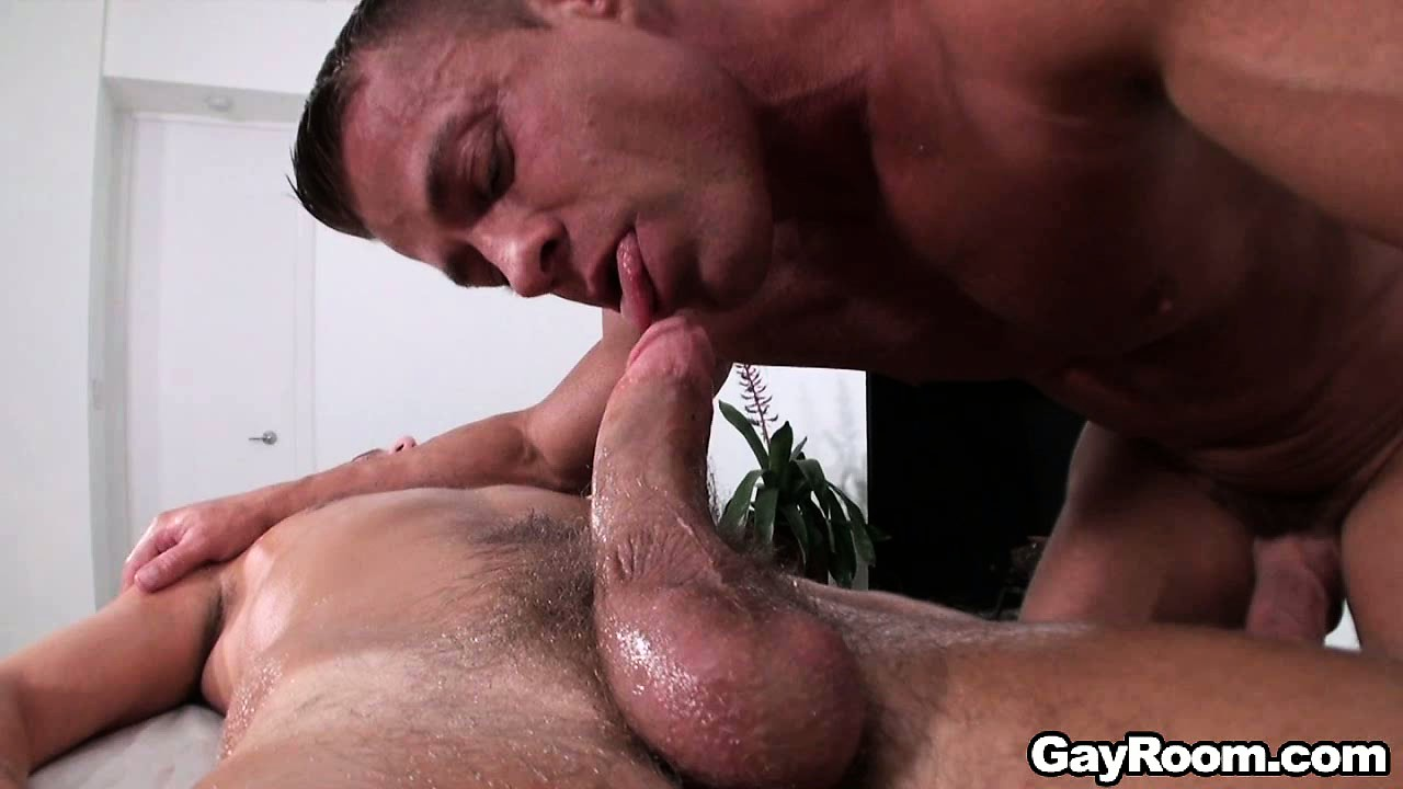 Porno Video of Jock Becomes A Muscular Stud's Little Play Thing During A Massage