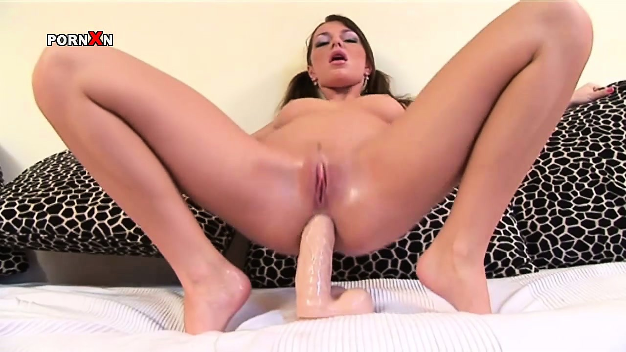 Porn Tube of Attractive Brunette With Perky Tits Jey Lo Pleases Her Shaved Twat With A Big Dildo