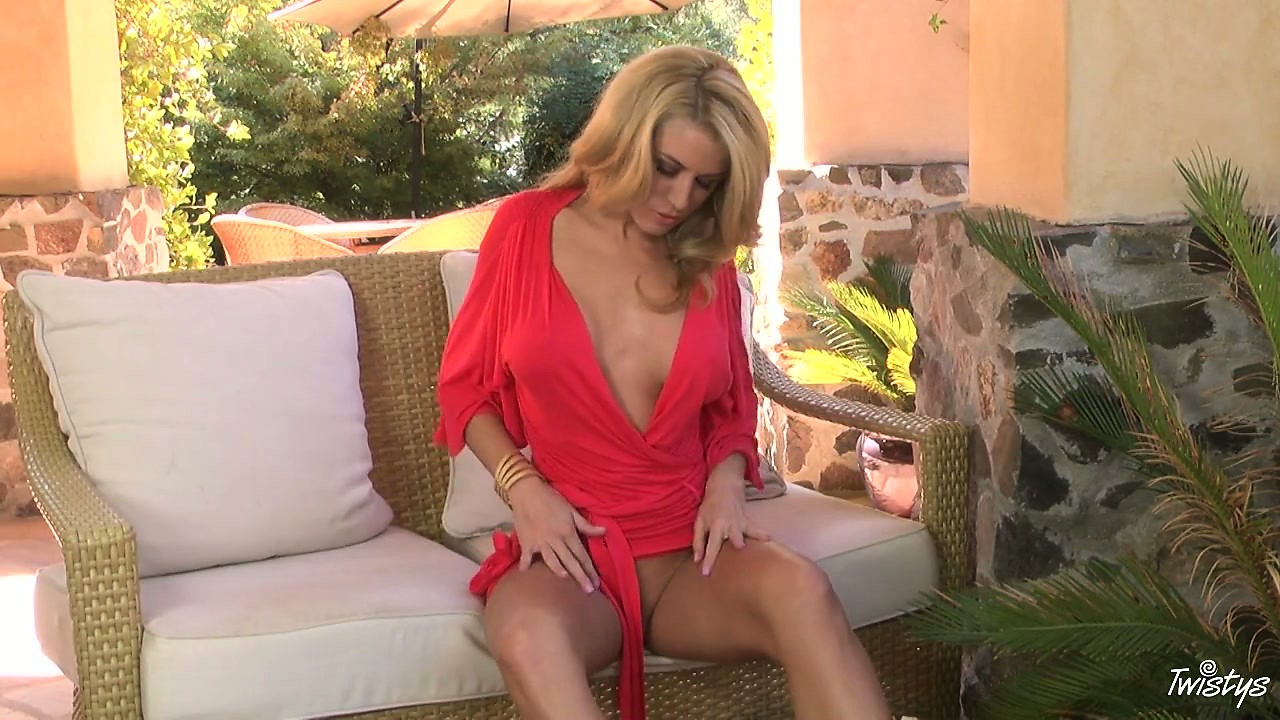 Porno Video of Blonde Cougar In A Slutty Dress Strips Her Clothes Off Slowly