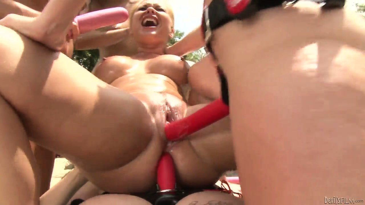 Porno Video of Hardcore Lesbian Fucking With Anal Fucking And Double Penetration Strapon