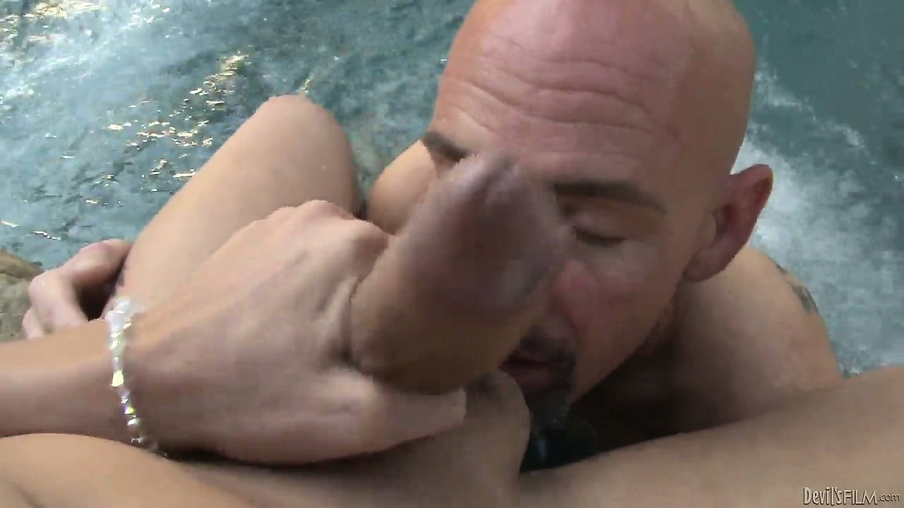 Porno Video of Sweet And Beautiful Tranny Slut Licked All Over By A Horny Bald Dude