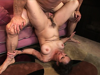 brunette granny with a healthy sexual appetite gets her fringed cunt fucked