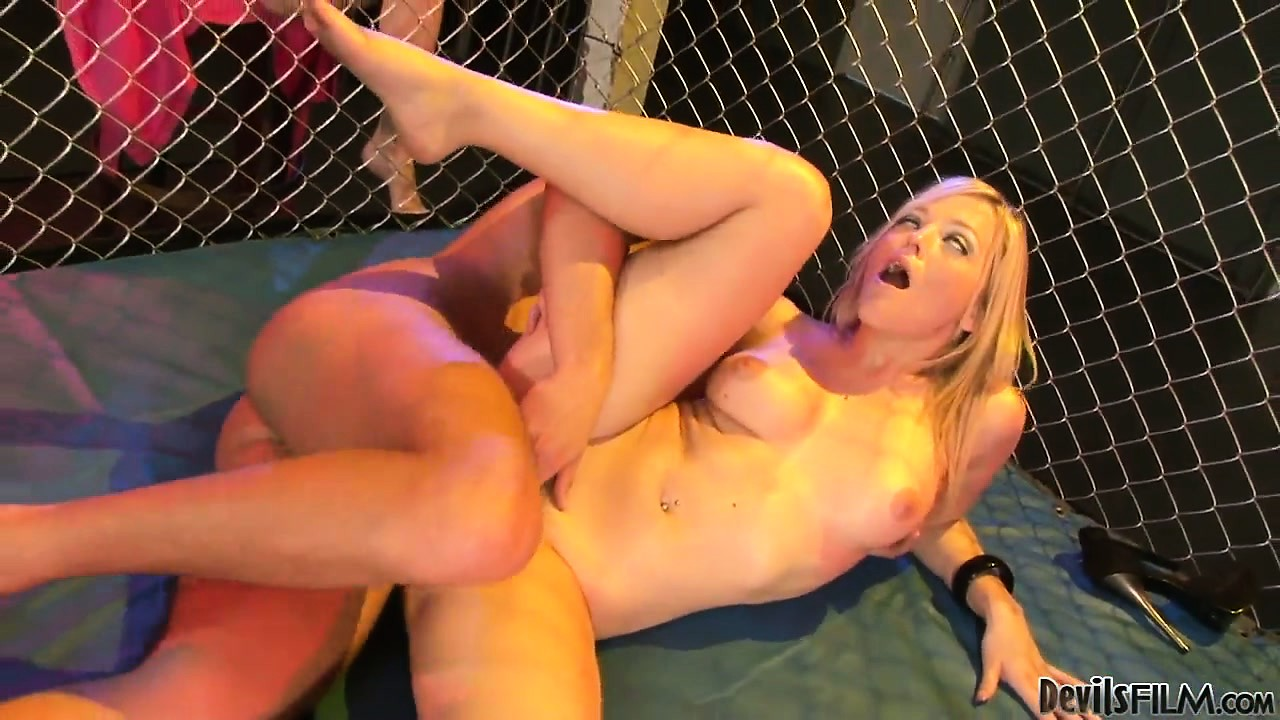 Porno Video of Blonde Tries To Not Tap Out As Her Pussy Takes A Rough Beating
