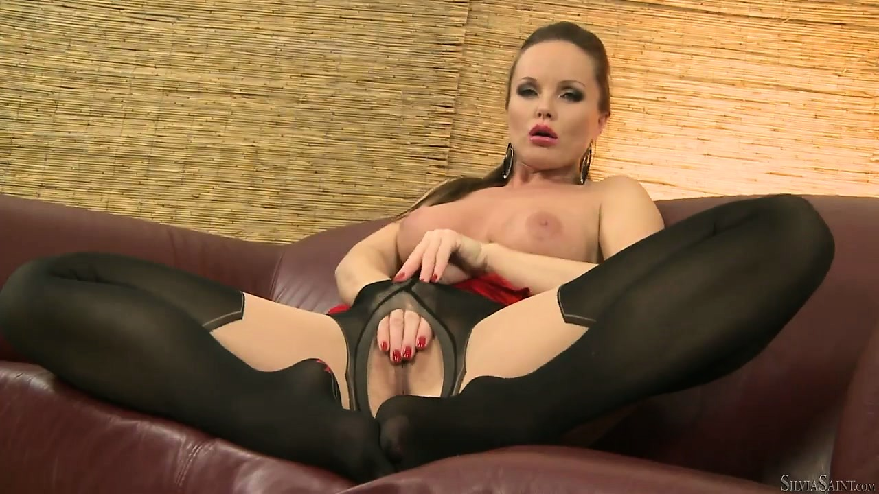 Porno Video of Sexy Brunette Babe With Long Luscious Legs In Sexy High High Stockings Masturbates