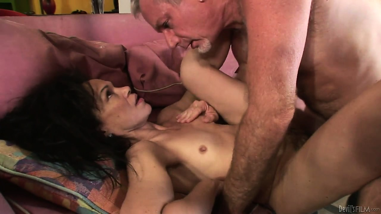 Porno Video of The Sexy Mature Relishes Every Instant Of That Wild Pussy Drilling Adventure