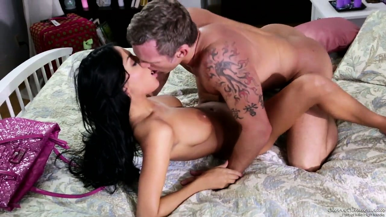 Porno Video of Naughty Latina Exchange Student Likes The American Cock And Cum
