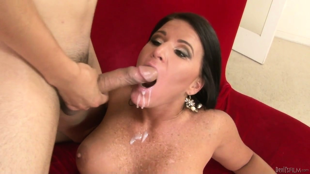 Porno Video of They Love Nothing More Than Getting A Big Messy Facial Cumshot