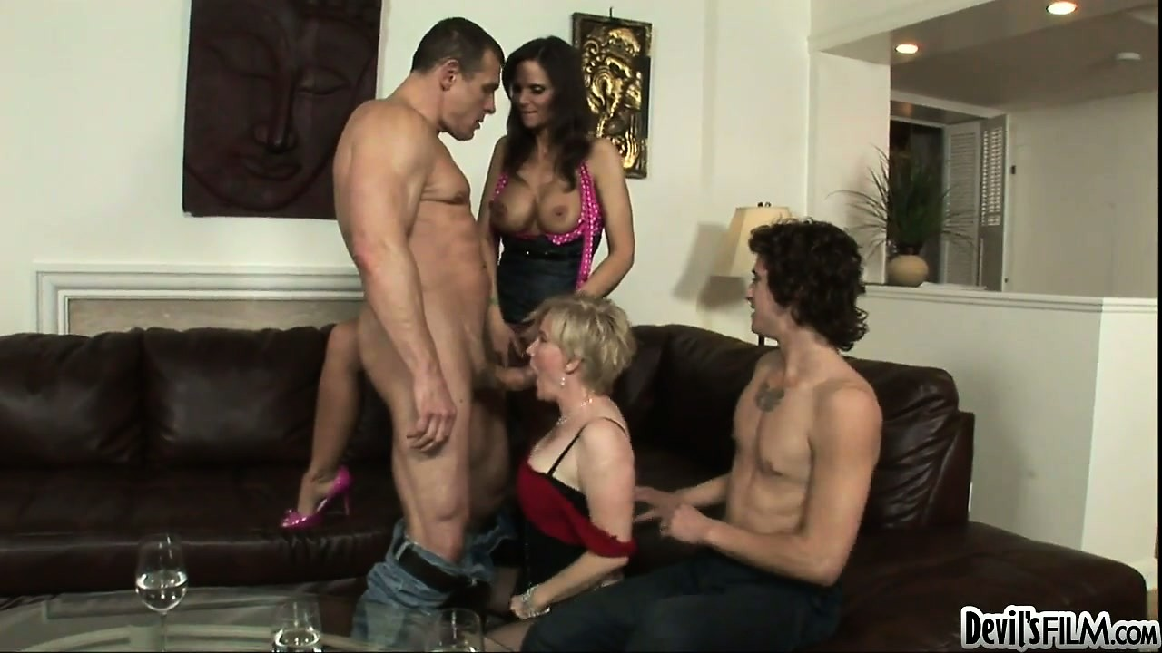 Porn Tube of Bisexual Stud Gets A Go At A Dick As A Hardcore Foursome Kicks Up