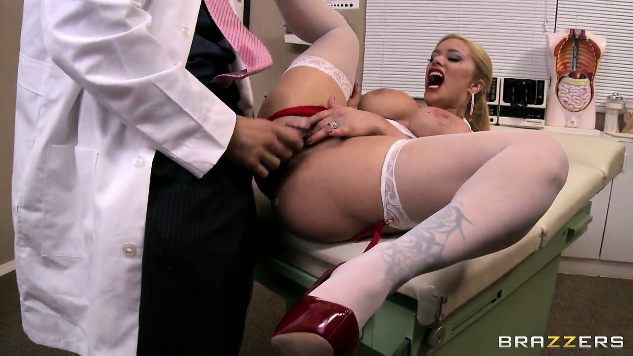 Porn Tube of Doctor Takes The Time To Examine His Gorgeous Stacked Nurse's Twat