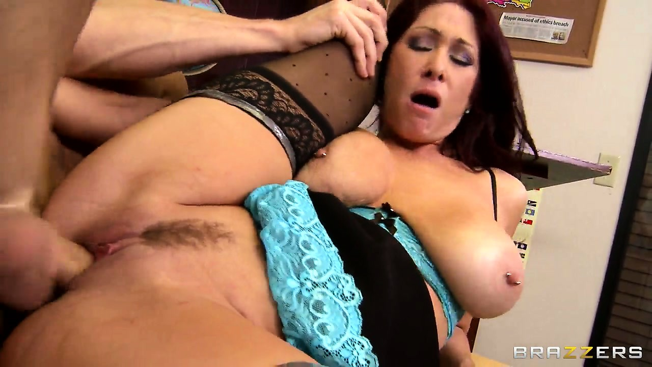 Porno Video of Teacher With Massive Knockers Rides On A Cock With Her Wet Cunt
