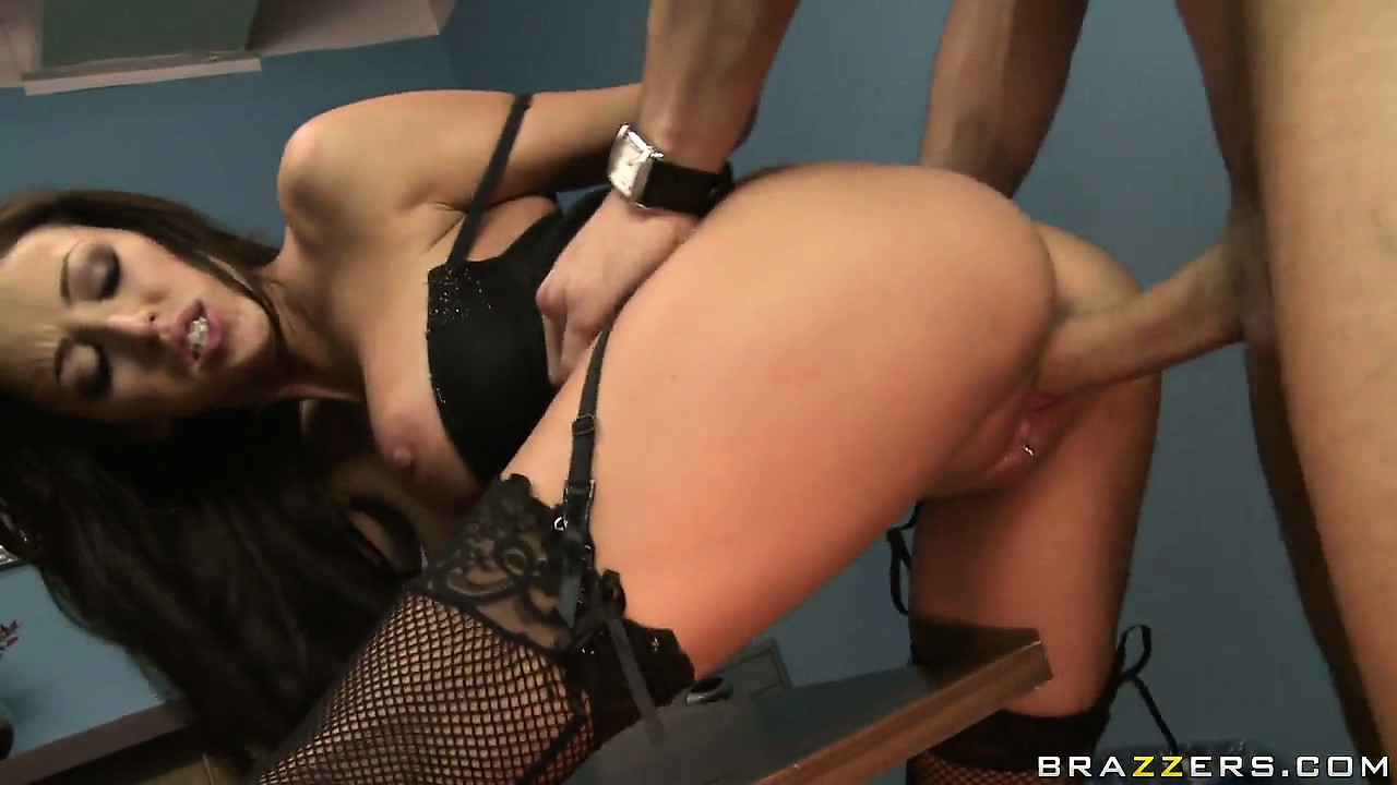 Porno Video of Brunette Slut Alexis Monroe Fucked Hard And Deep In Her Tight Pussy