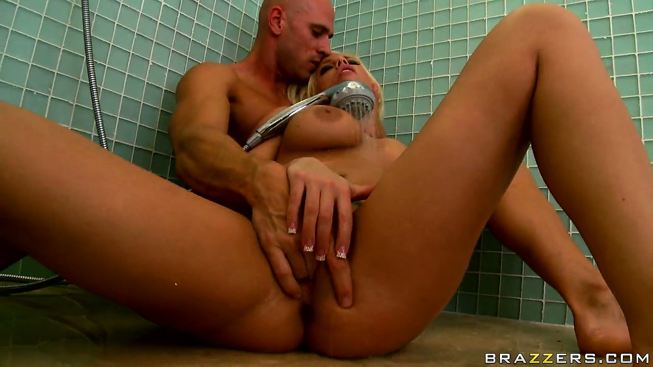 Porn Tube of A Little Shower Groping Is Always Fun When You Have A Babe With You