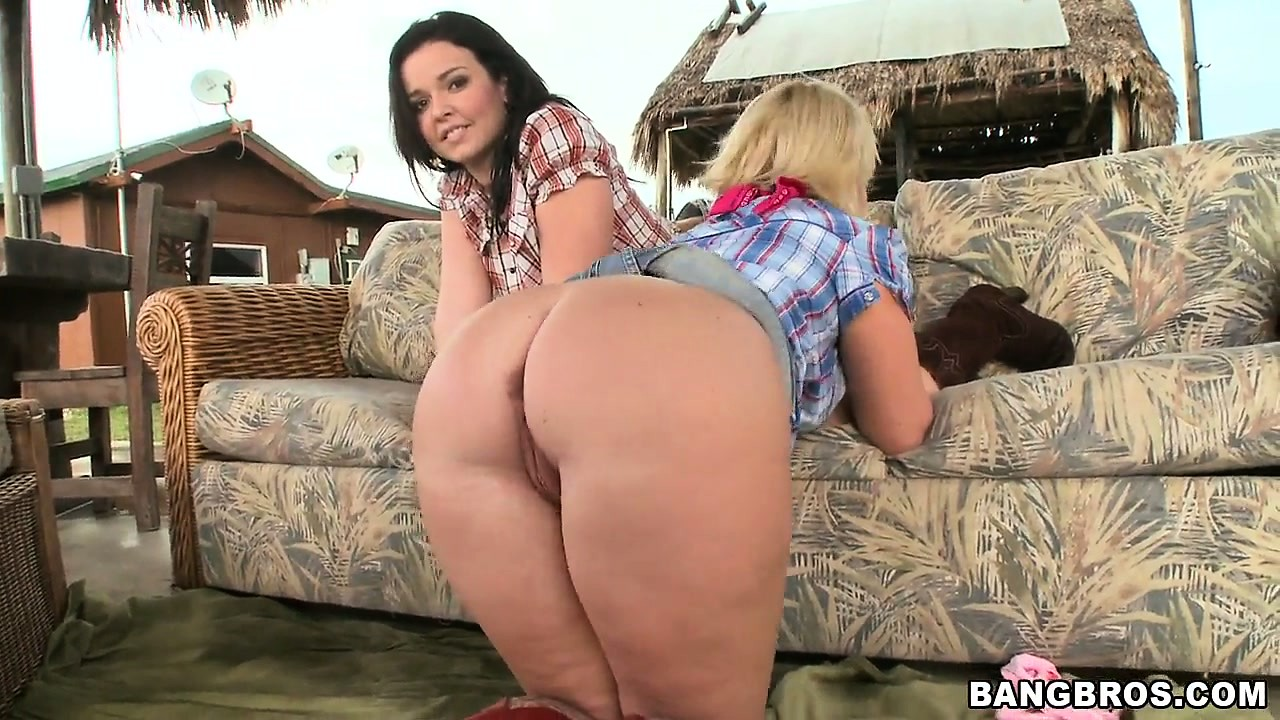 Sex Movie of Two Farm Gals Are Outside Showing Ass And Oiling Them Up Too