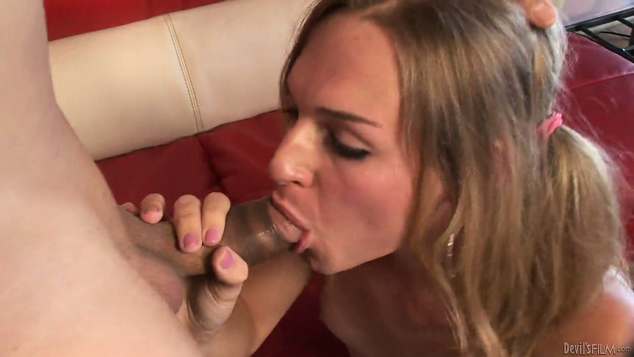 Porno Video of Shemale Babysitter Gets Her Ass Fingered And Then Gulps Down His Cock