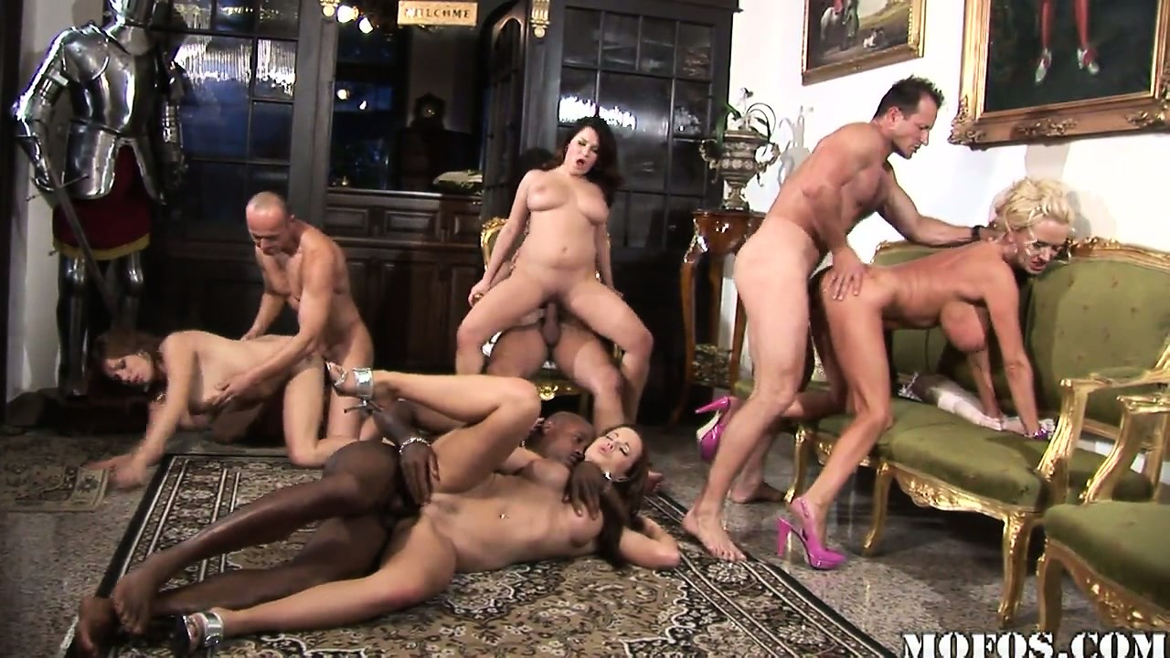 Porn Tube of Wild Sex Party Starts Heating Up As Tits And Ass And Cocks Go At It